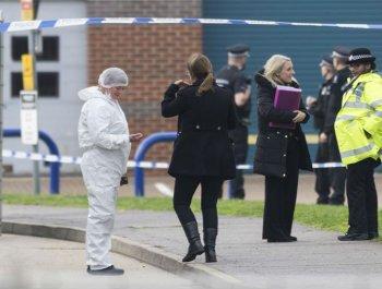 英国警方在货车内发现39具尸体