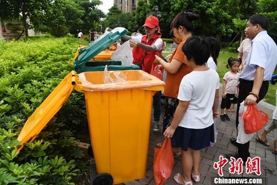 中国237个地级及以绵阳抓获命案逃犯上城市已启动垃圾分类
