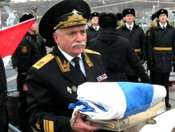 俄又一艘近万吨老舰退役