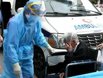 福州93岁新冠肺炎患者治愈出院
