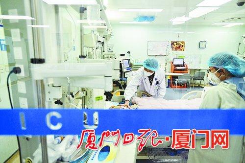 厦儿童医院超声科医生刘丽霞昨日捐献角膜 完成生前心愿
