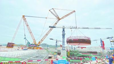 漳州核电钢衬里模块首吊成功