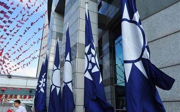 国民党公布蔡英文四年施政民调 十项政见中七项不及格