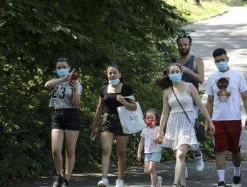 疫情之下 纽约中央公园客流减少