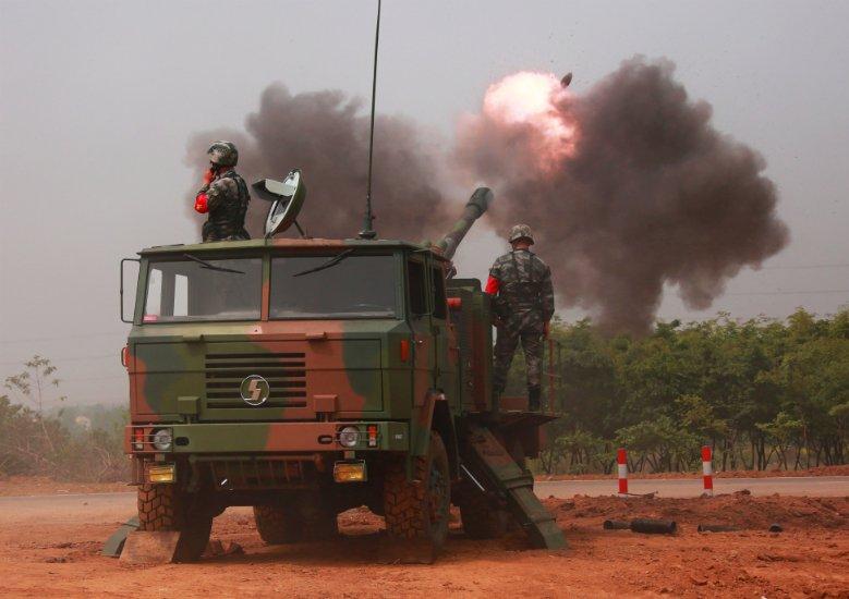 炮兵防空兵学院:间瞄实弹射击 淬炼明日军官