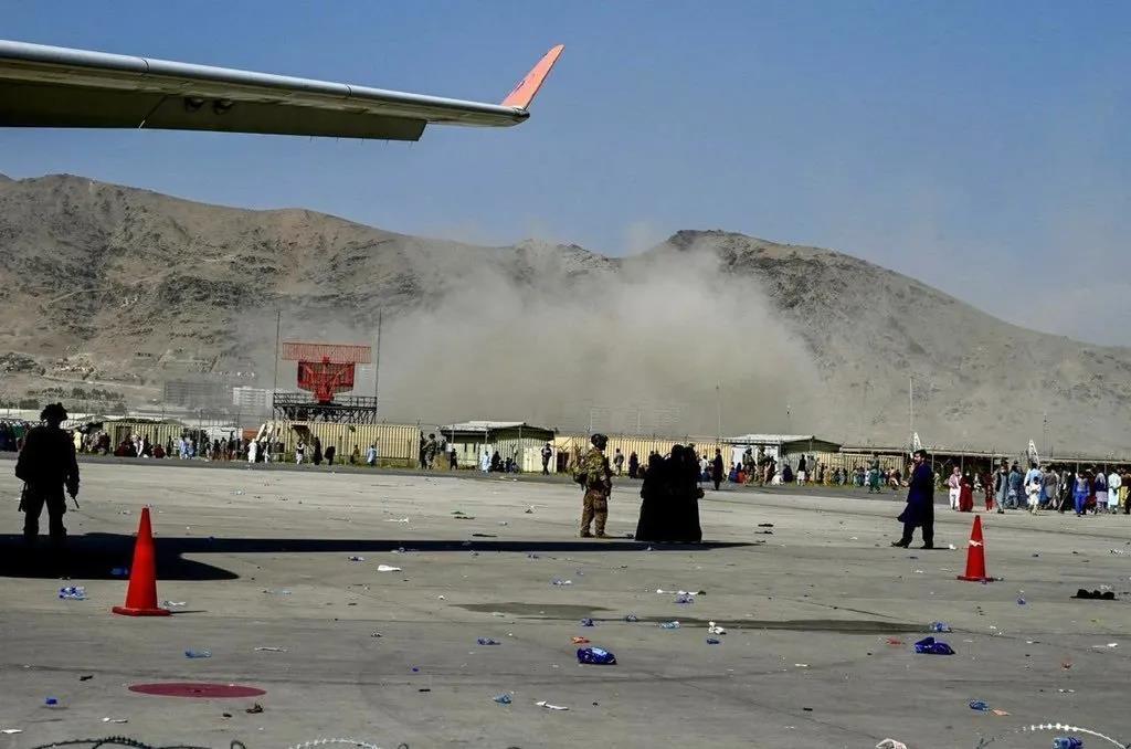 喀布尔机场二次爆炸,已致至少13死