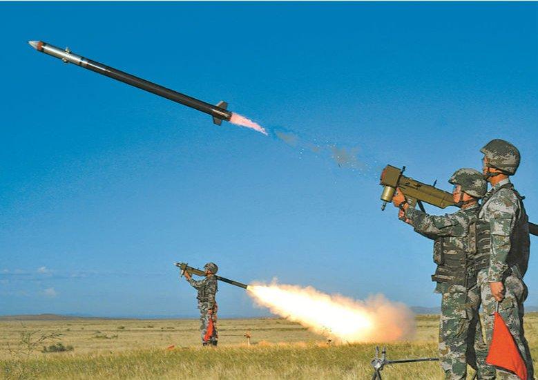 炮火紛飛!第82集團軍某合成旅多兵種實彈演練掠影